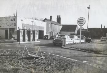 Manor House Cafe and Garage [PL/PH/2/23]